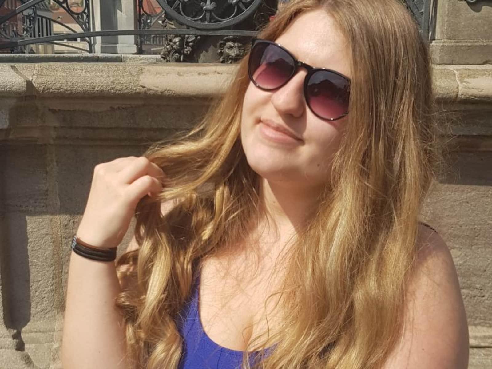 Anna-lena from Regensburg, Germany