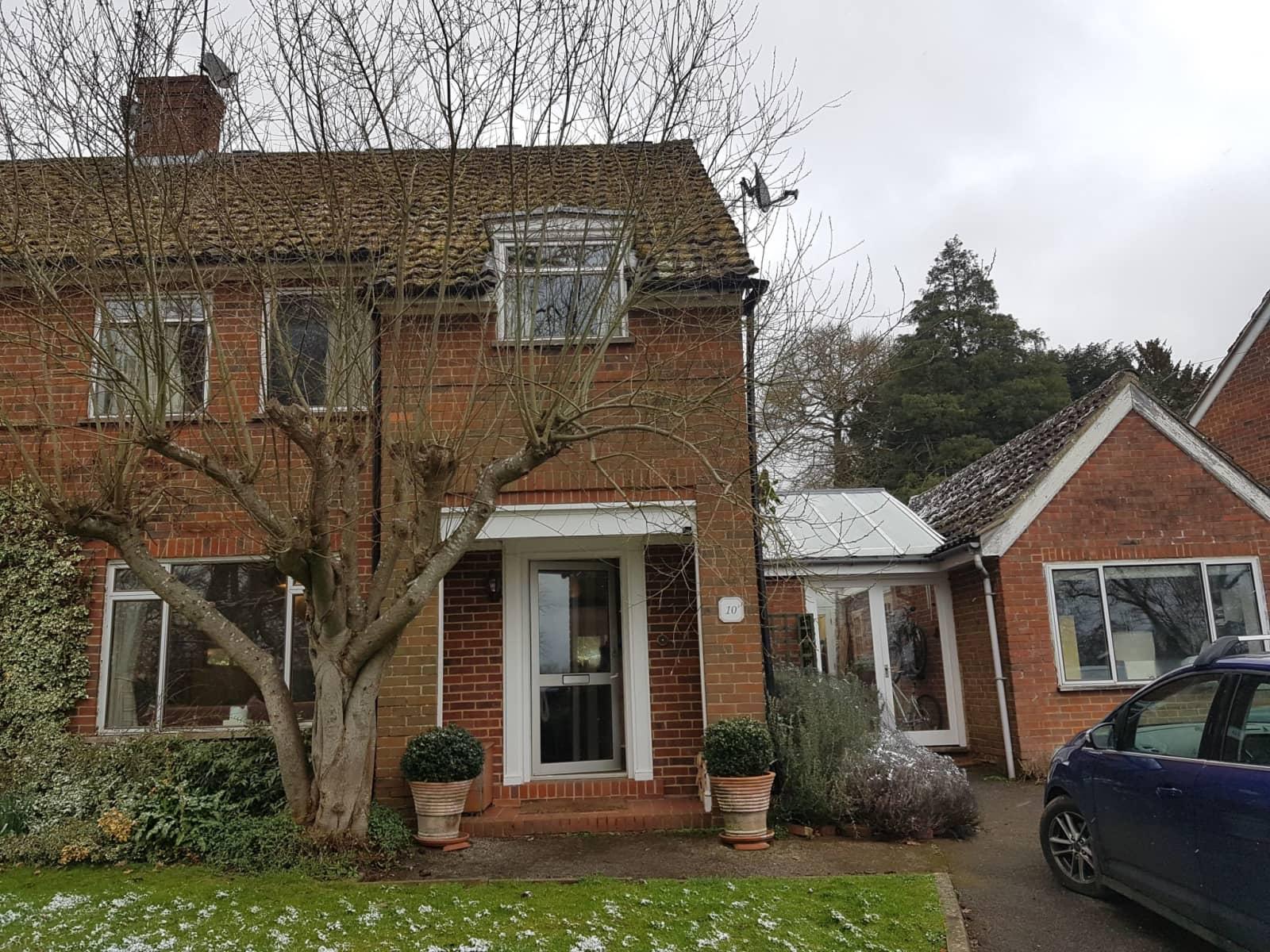 Housesitting assignment in Godalming, United Kingdom