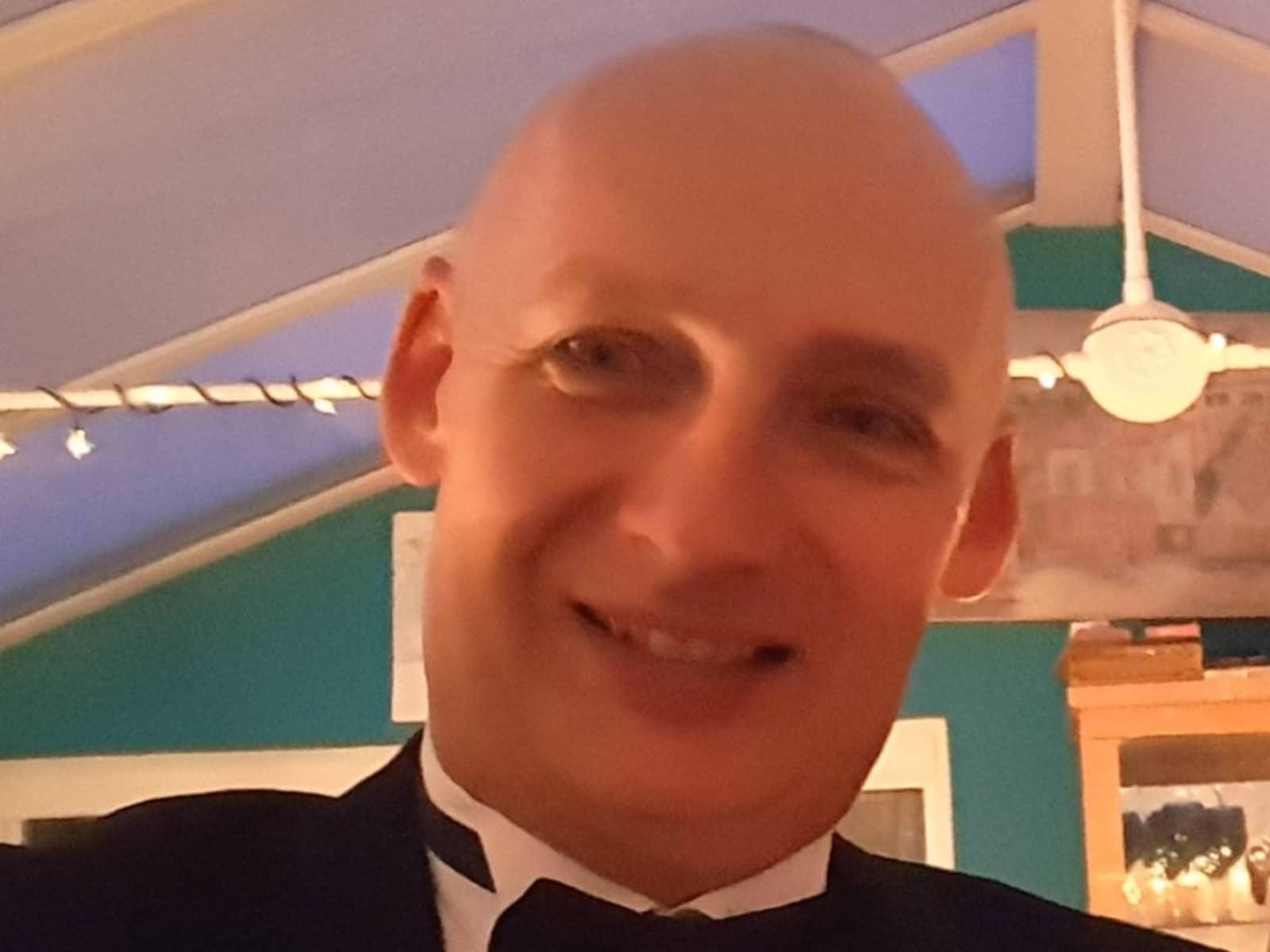 Simon from Epsom, United Kingdom