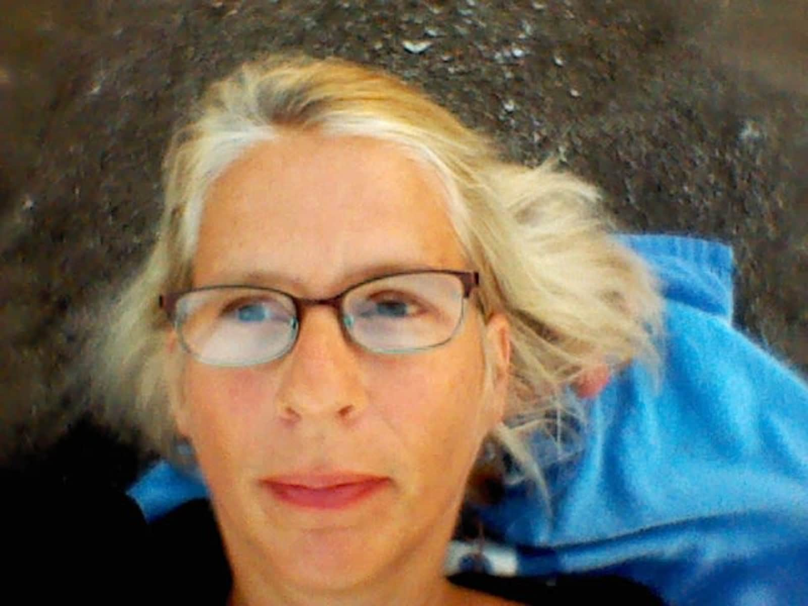 Elizabeth from Frankfurt am Main, Germany