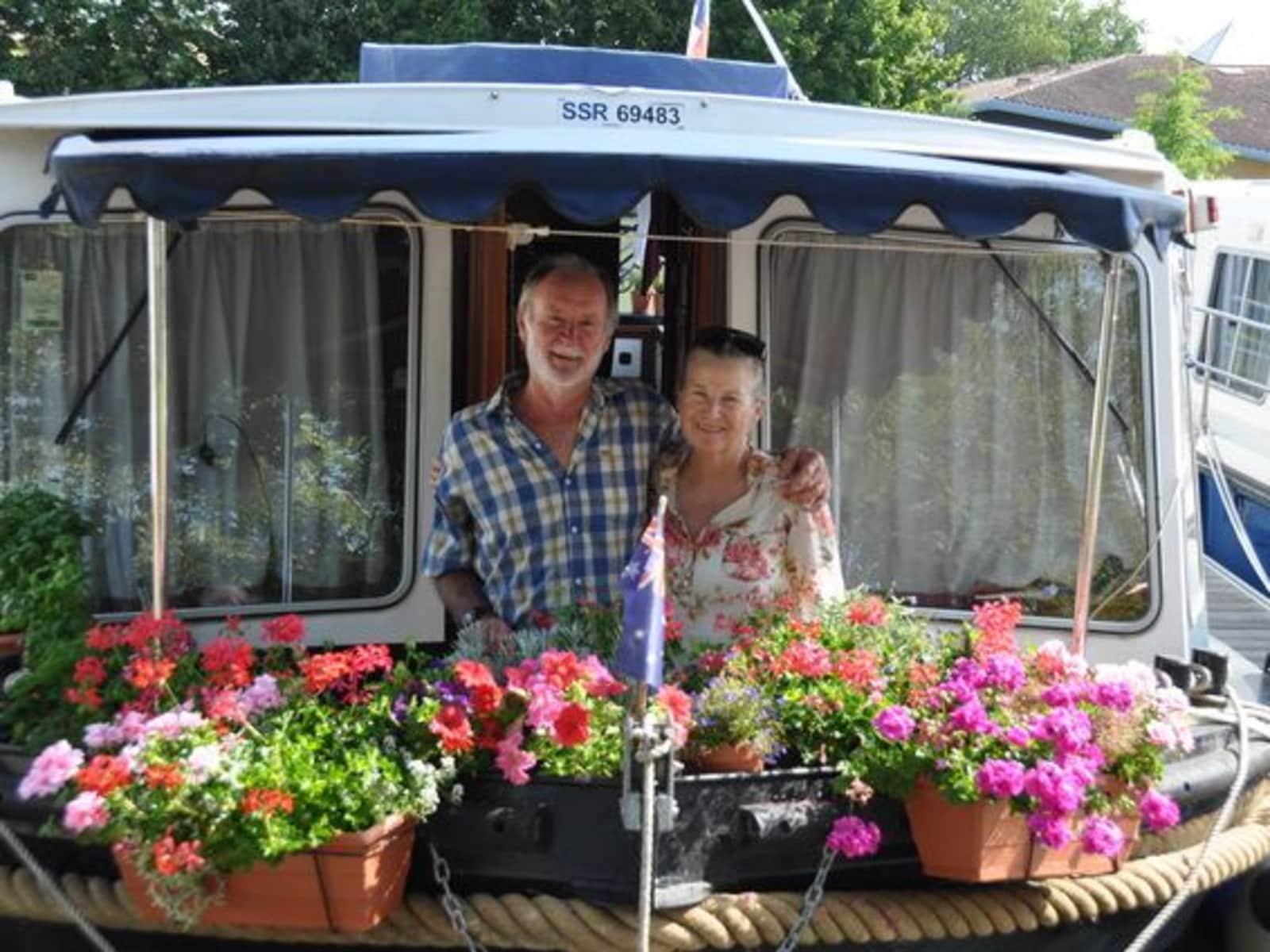 Vicki & Trevor from Roanne, France