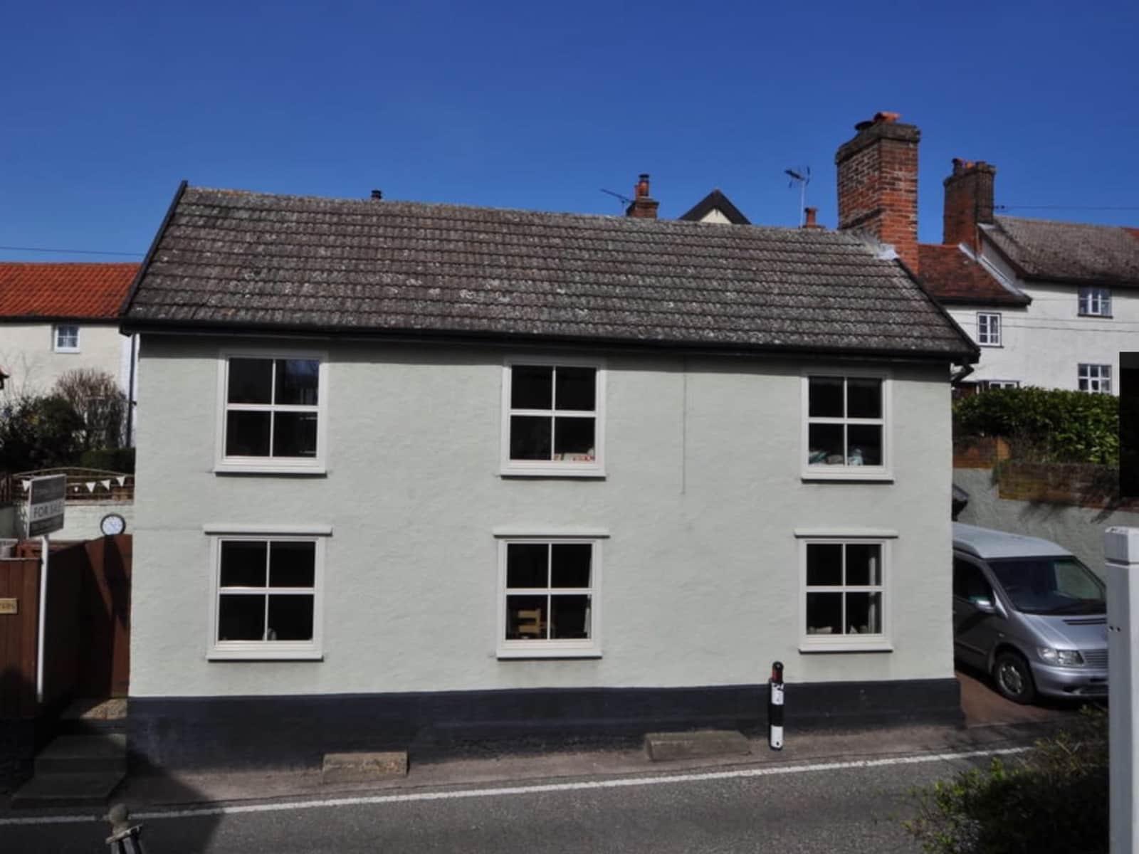 Housesitting assignment in Coddenham, United Kingdom