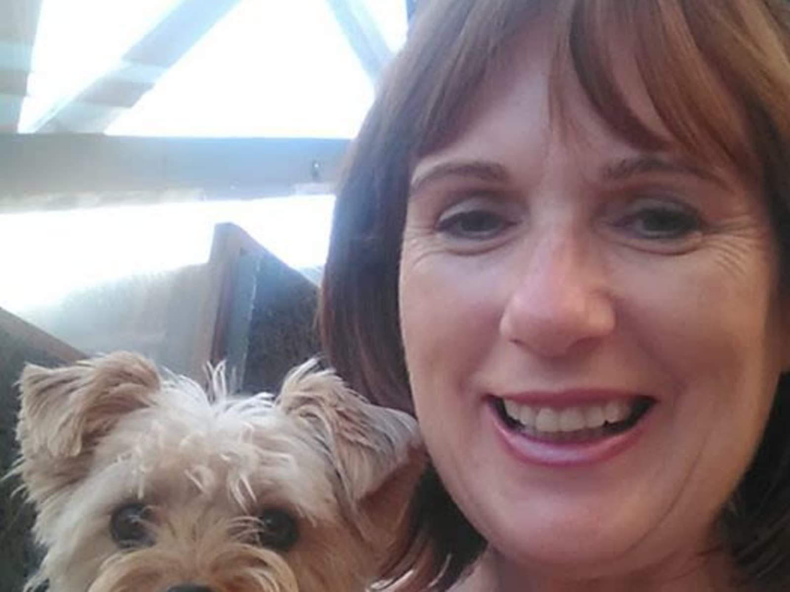 Carolyn from Arrecife, Spain
