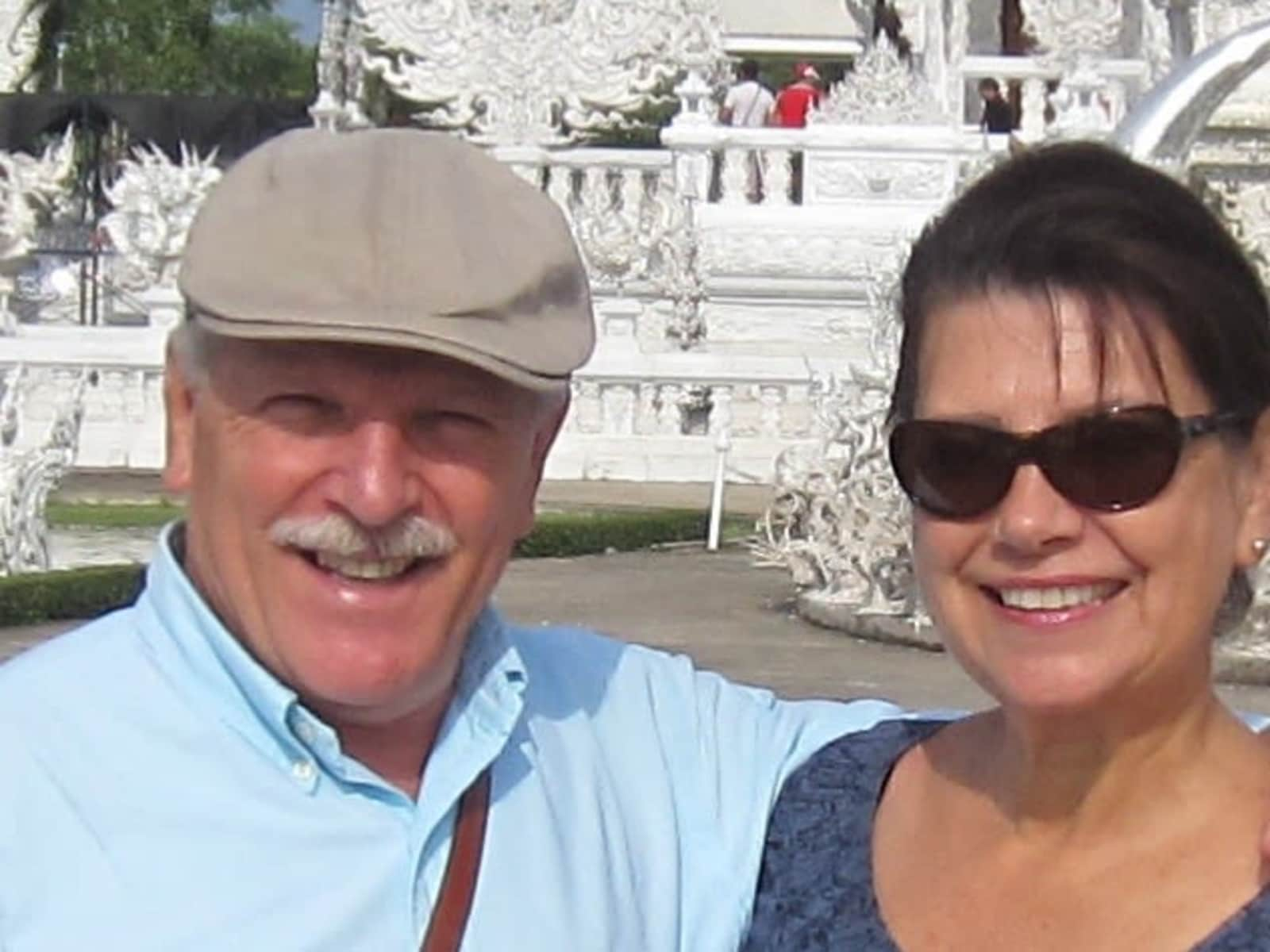 Linda & Hodge from State College, Pennsylvania, United States