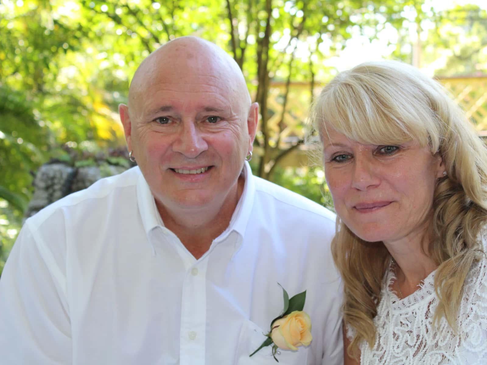Pete & Fleur from Old Windsor, United Kingdom
