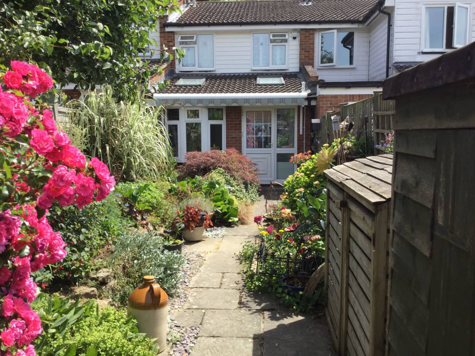 Housesitting assignment in Southwater, United Kingdom