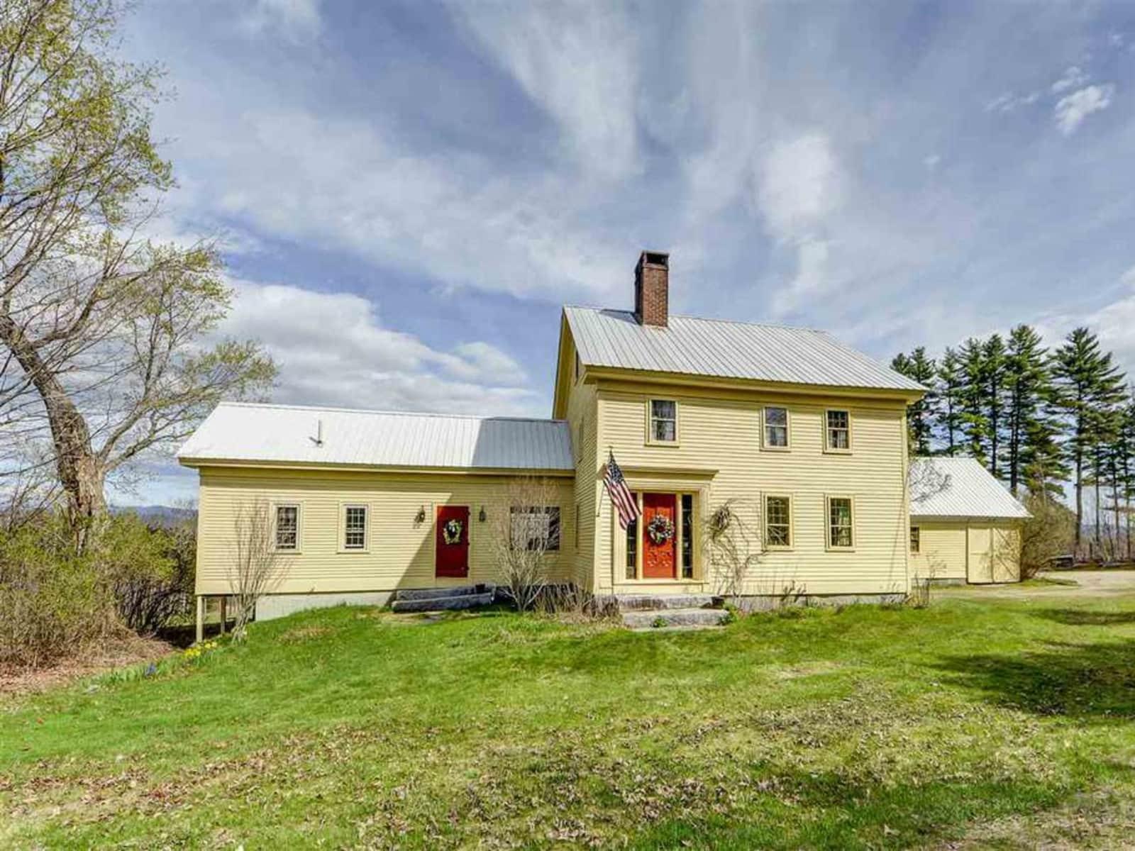 Housesitting assignment in Fryeburg, Maine, United States