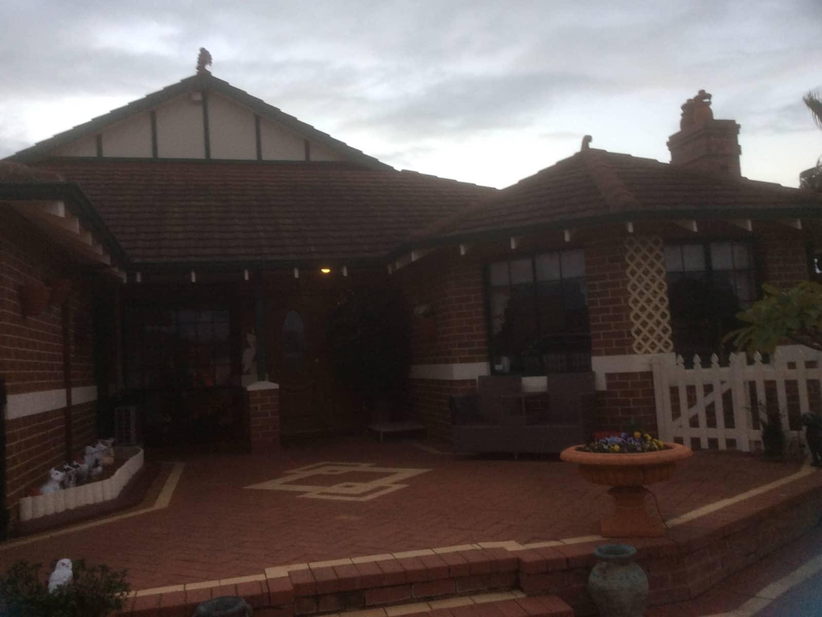 Housesitting assignment in Mindarie, Western Australia, Australia