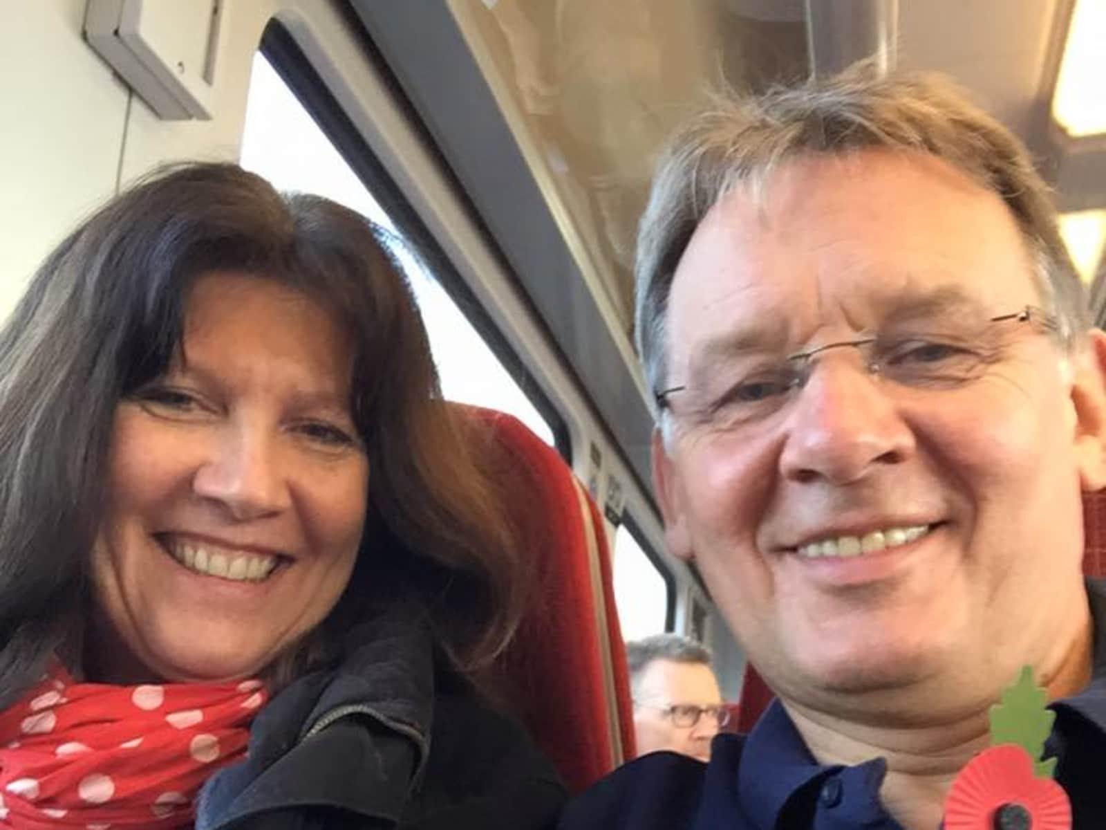 Lizzie & Paul from Byfleet, United Kingdom