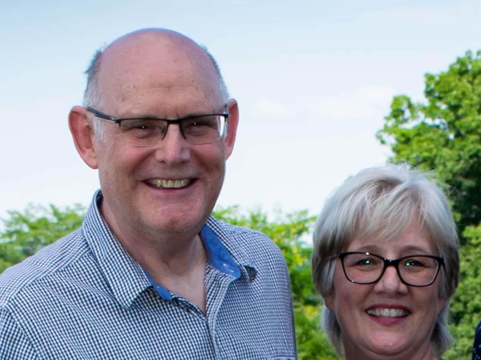 Elizabeth & Lonn from Ardoch, Ontario, Canada
