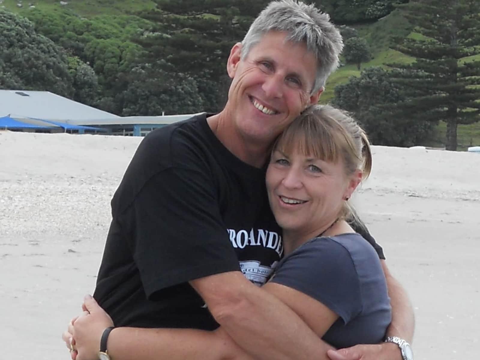 Vicki & Scot from Clontarf, Queensland, Australia