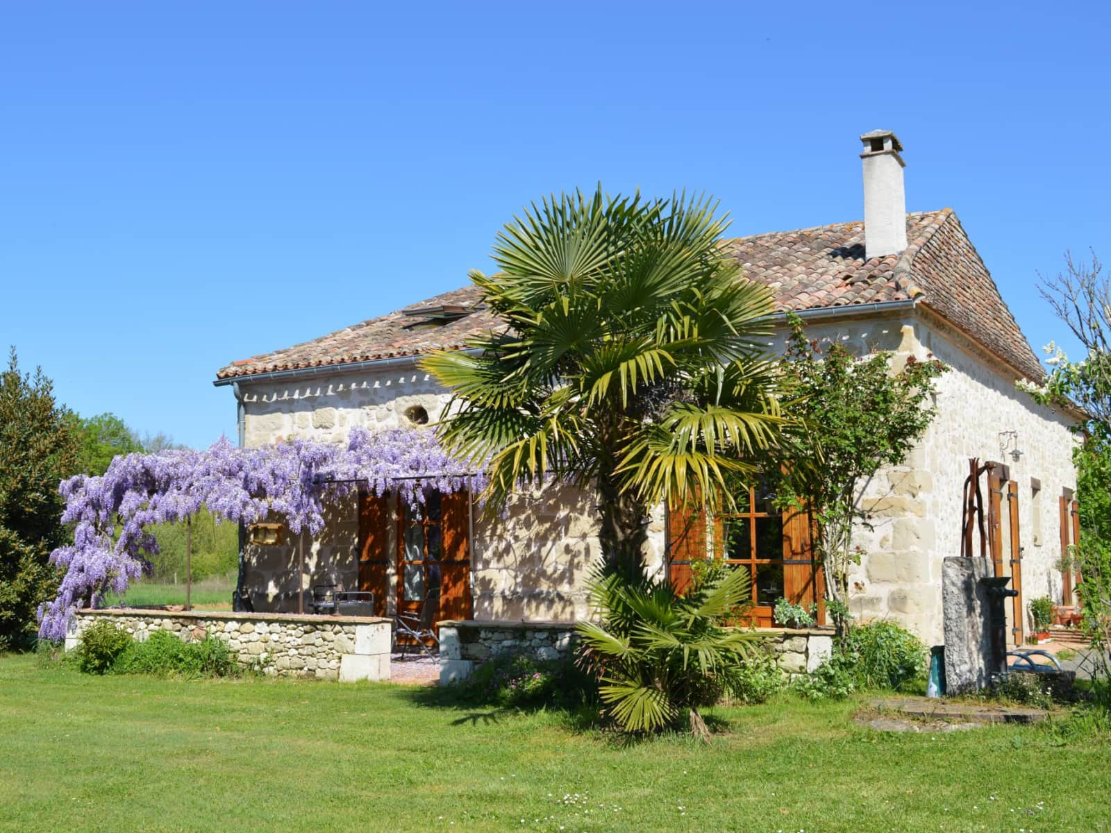 Housesitting assignment in Puysserampion, France