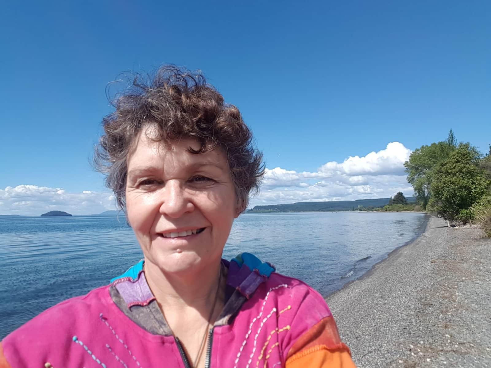 Pauline from Kerikeri, New Zealand
