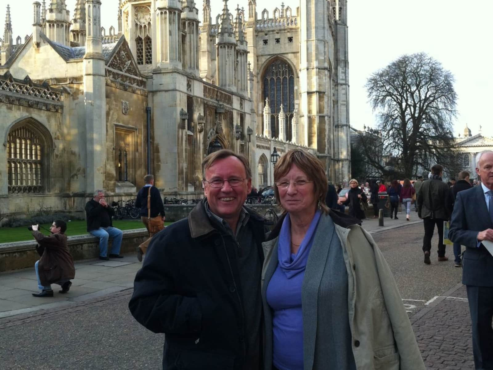 Peter & Susan from Pons, France