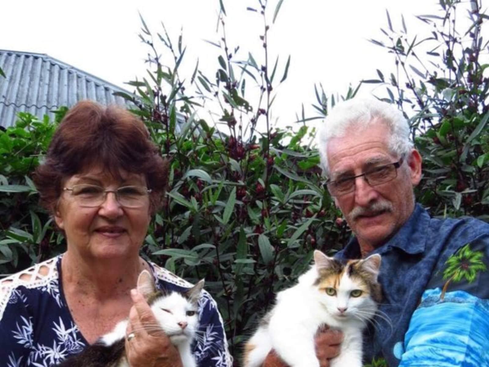 Wayne & lynn & Wayne from Dayboro, Queensland, Australia