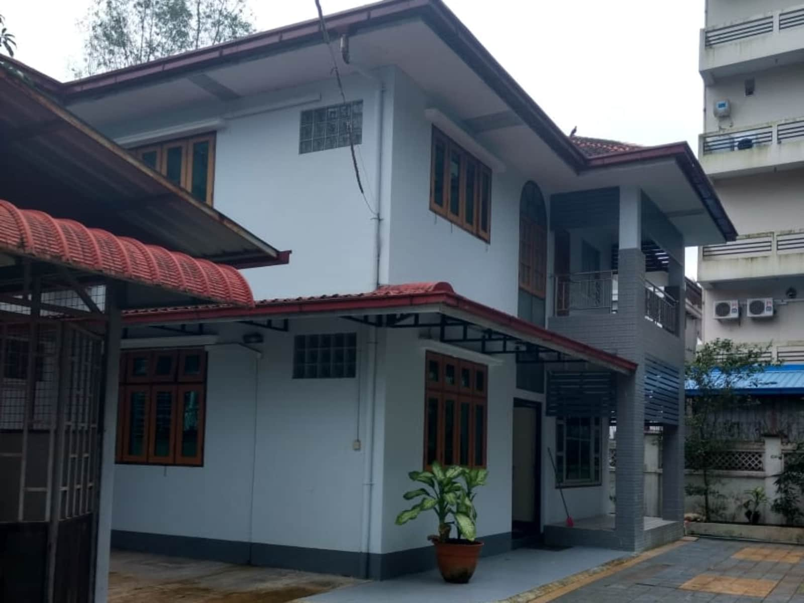 Housesitting assignment in Yangon, Myanmar