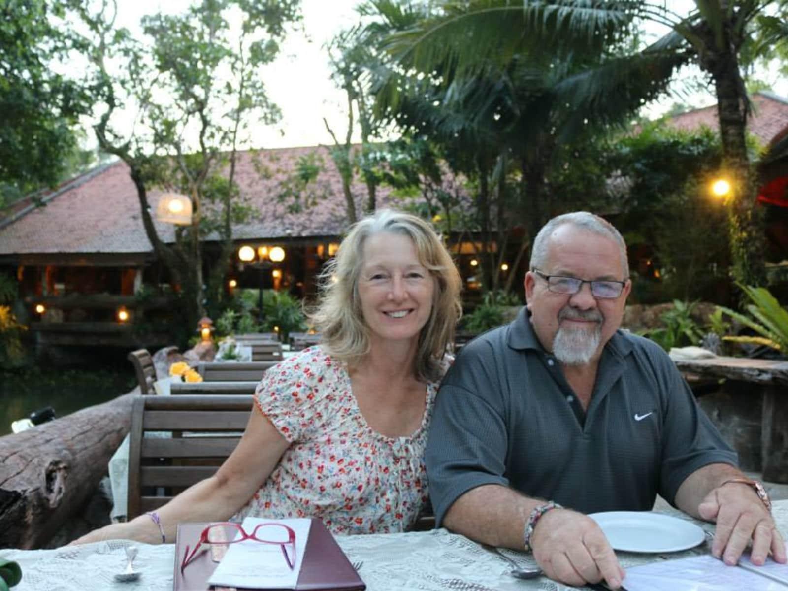 Mary & Ron from Bundaberg, Queensland, Australia