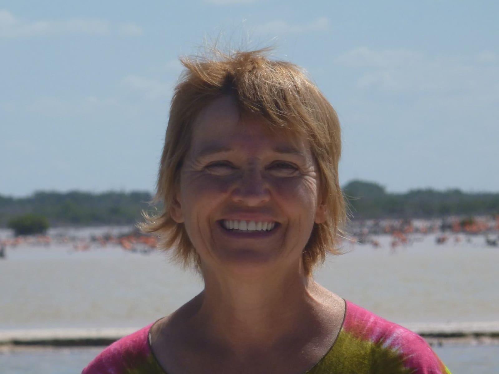 Sue from Kelowna, British Columbia, Canada