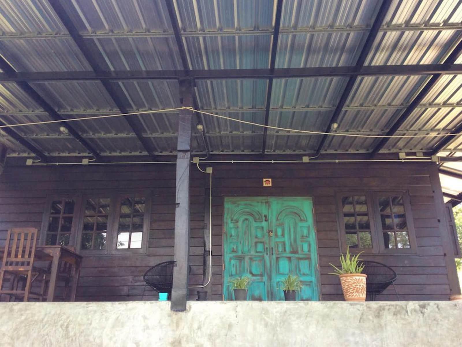 Housesitting assignment in Doi Saket, Thailand