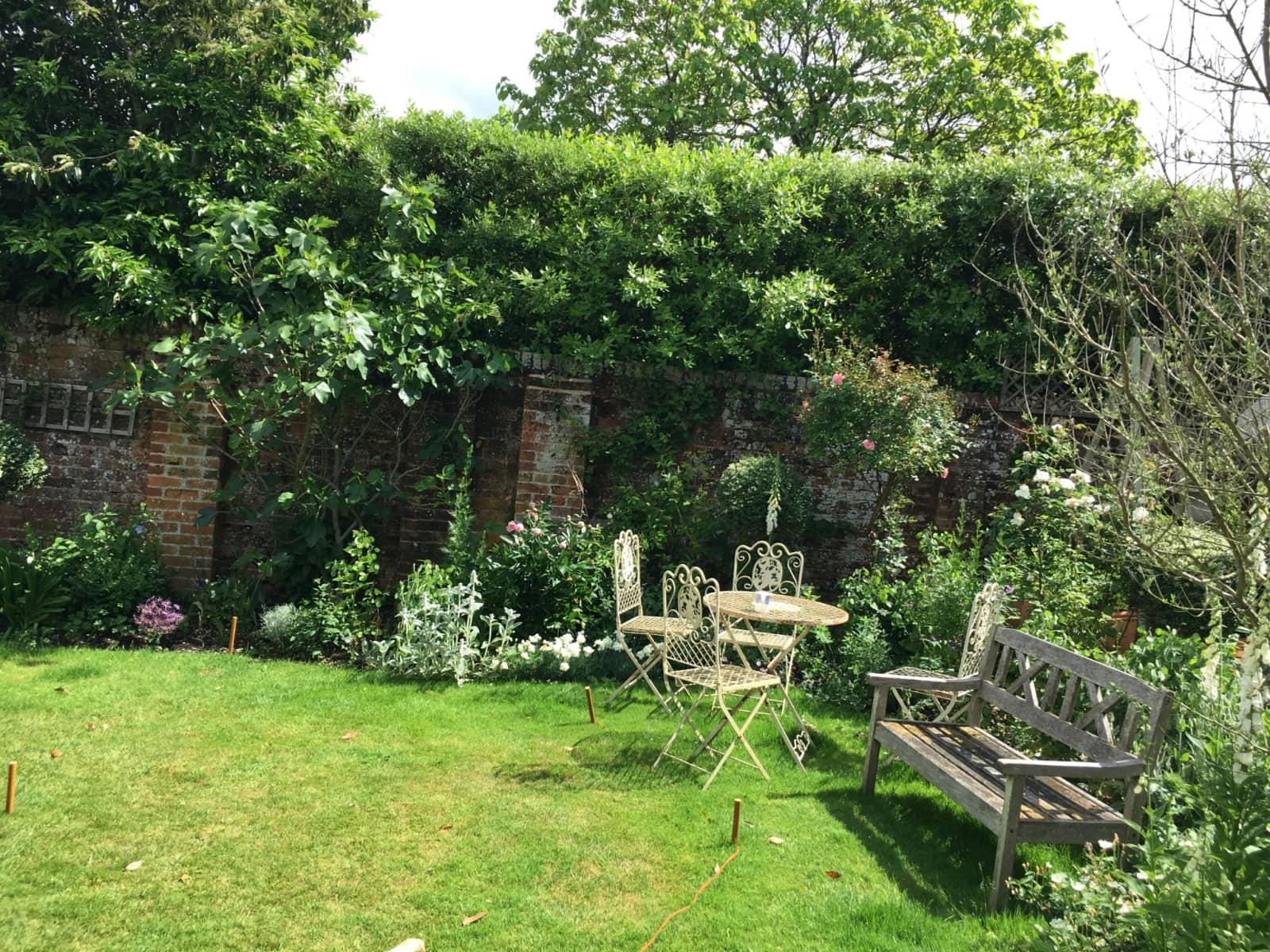 Housesitting assignment in Odiham, United Kingdom