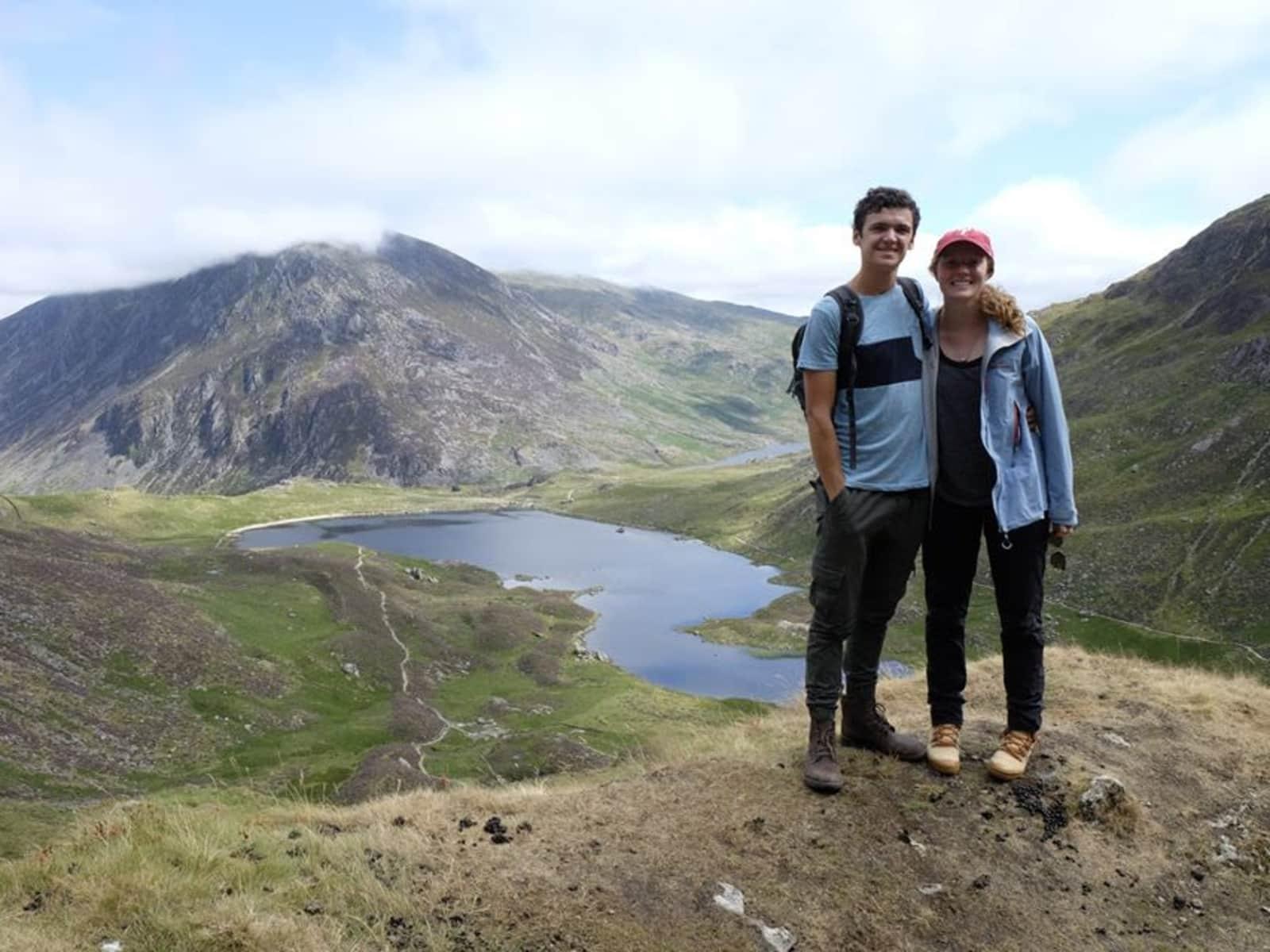 Stephen & Hannah from Wrexham, United Kingdom