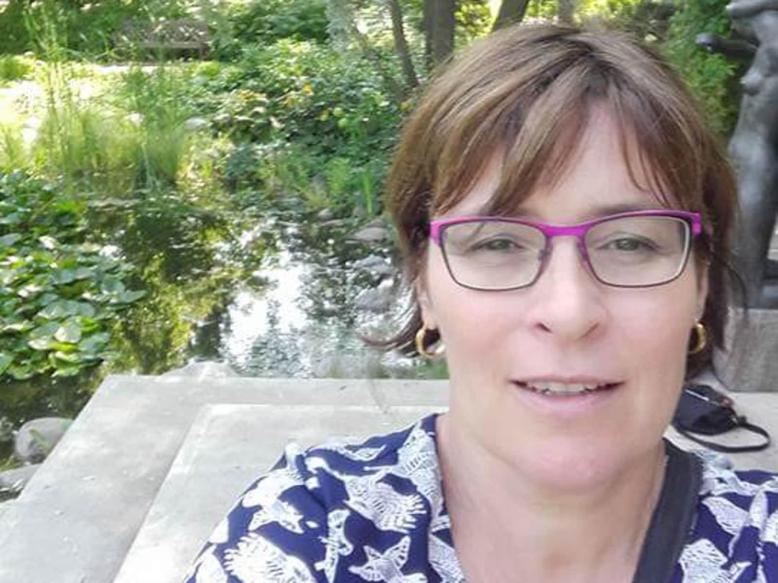 Nathalie from Niort, France