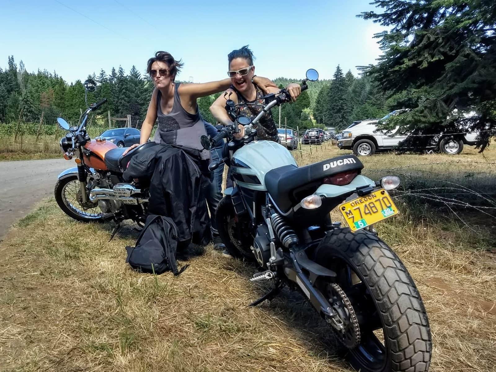 Lisa & andrea & Andrea from Portland, Oregon, United States