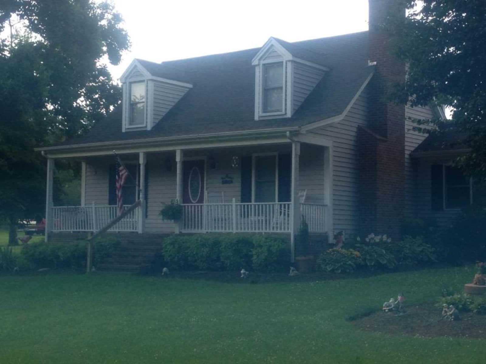 Housesitting assignment in Graham, North Carolina, United States