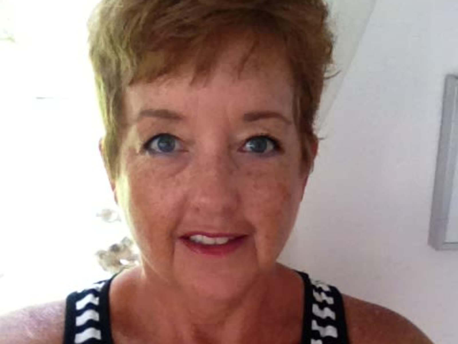 Angela from Kailua, Hawaii, United States