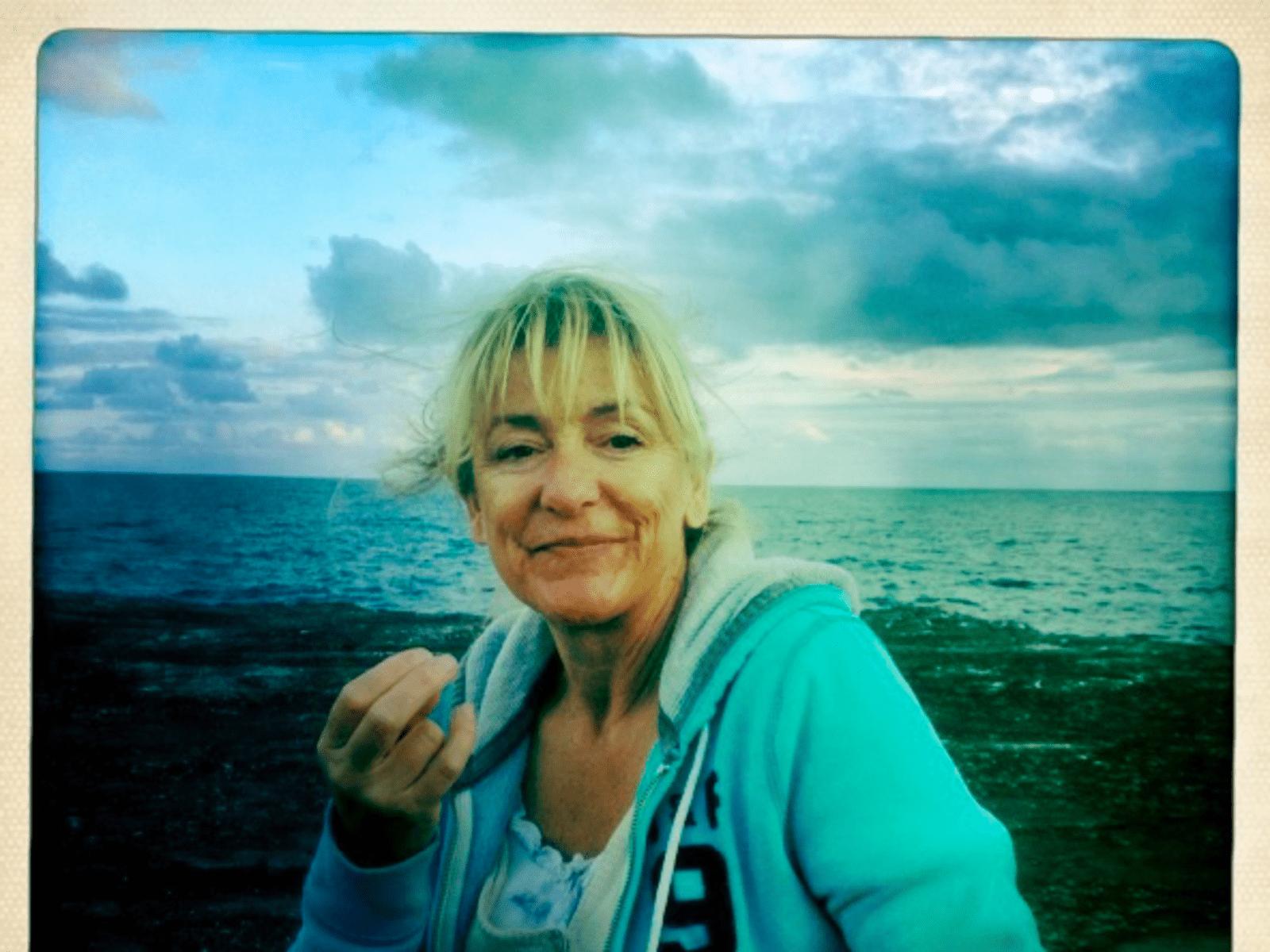 Lizzie from London, United Kingdom