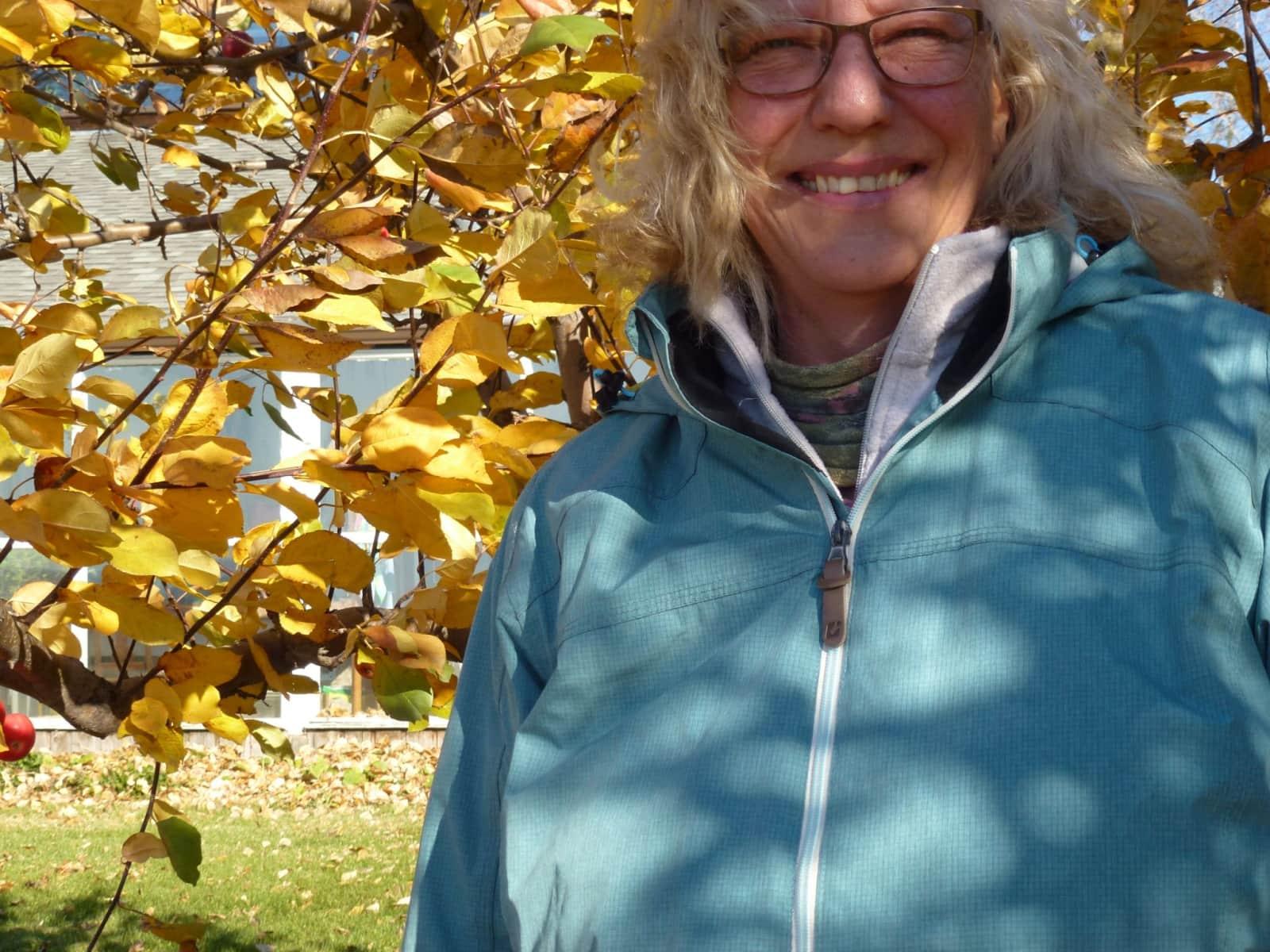 Linda from North Battleford, Saskatchewan, Canada