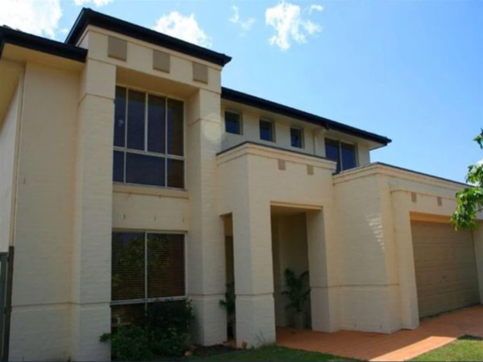 Housesitting assignment in Mango Hill, Queensland, Australia