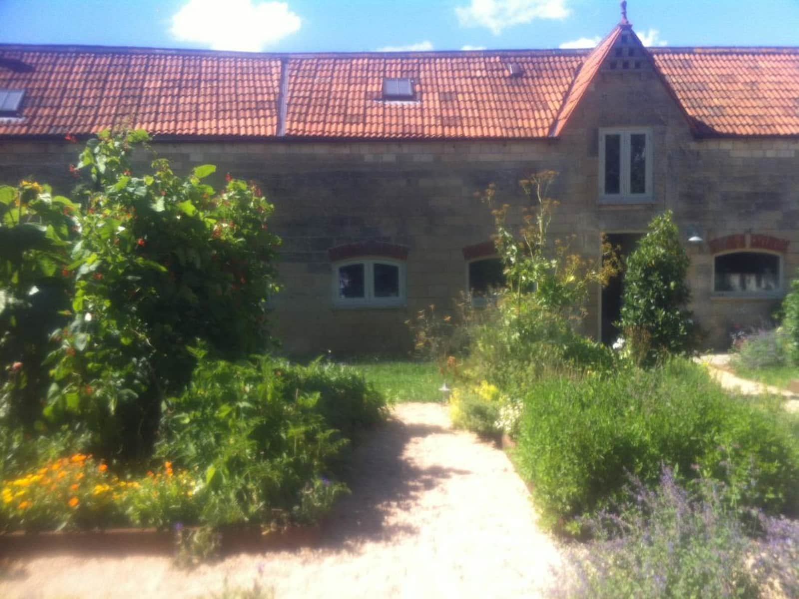 Housesitting assignment in Shepton Mallet, United Kingdom