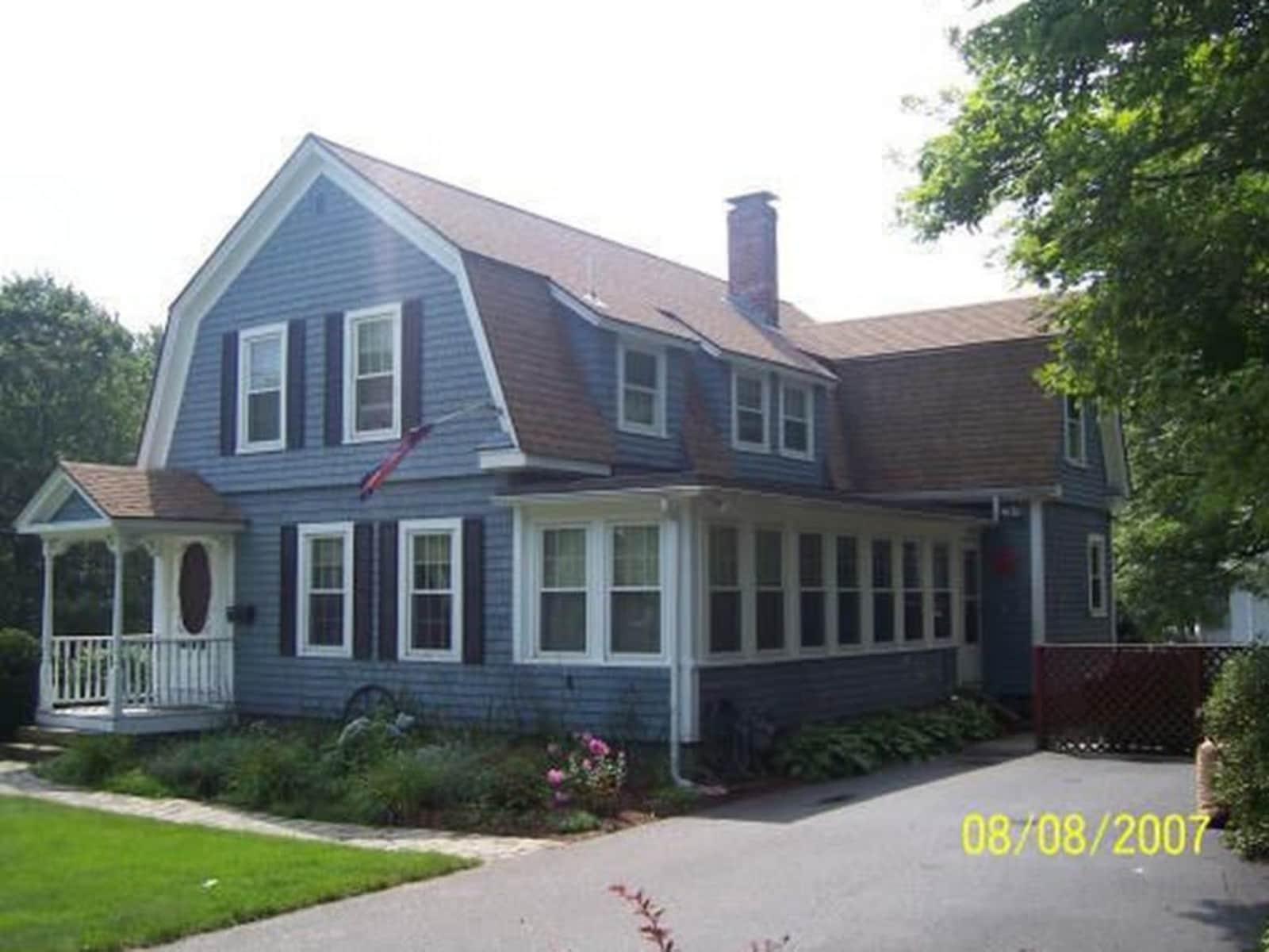 Housesitting assignment in Weymouth, Massachusetts, United States