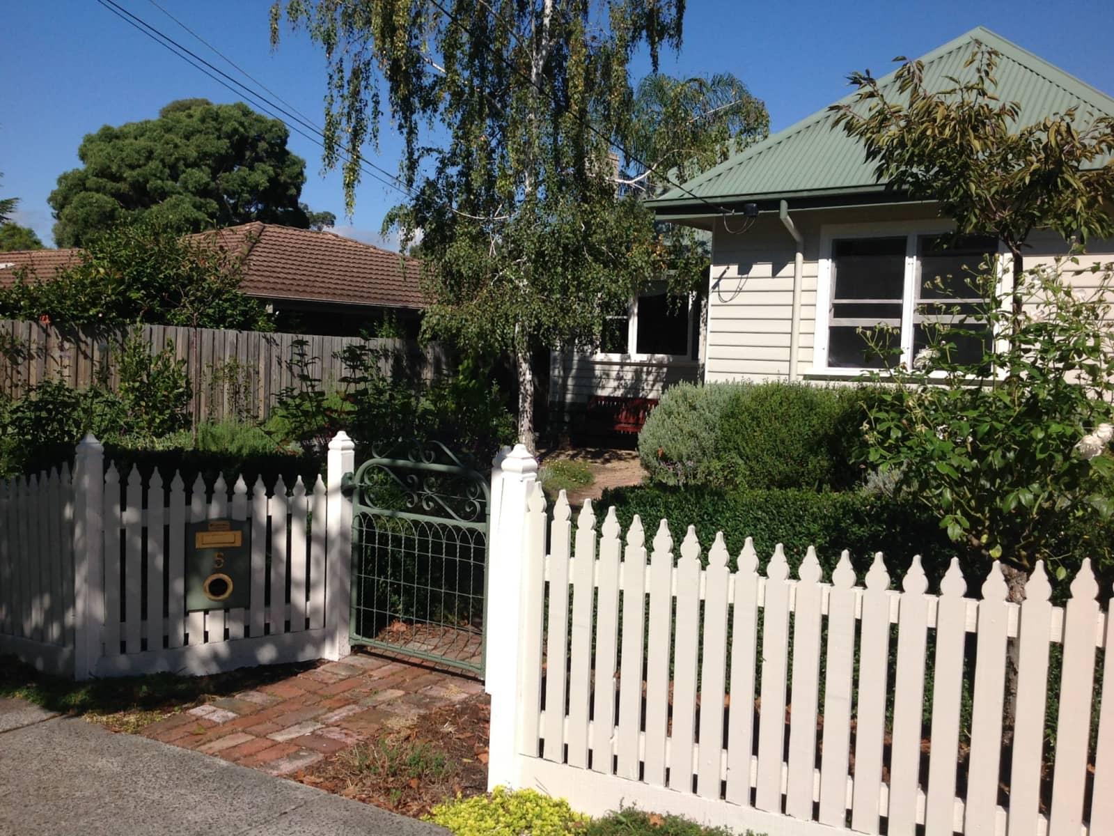 Housesitting assignment in Croydon North, Victoria, Australia