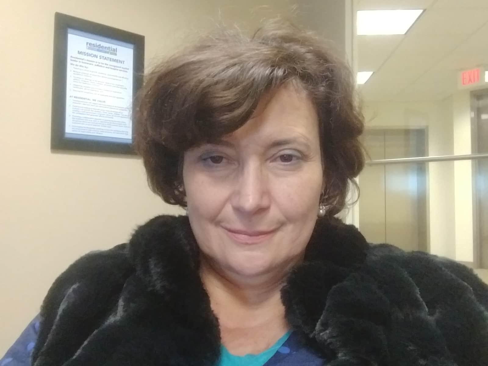 Eva from Wood Dale, Illinois, United States