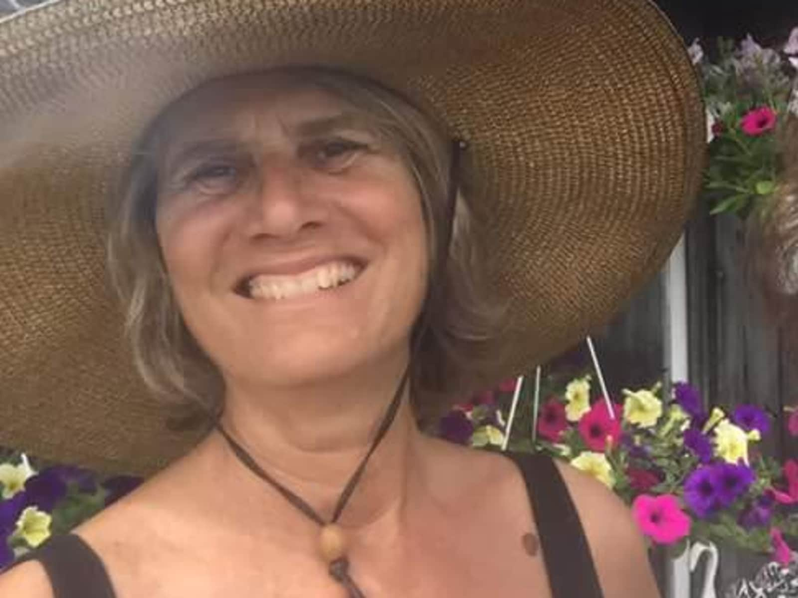 Robin from Whately, Massachusetts, United States