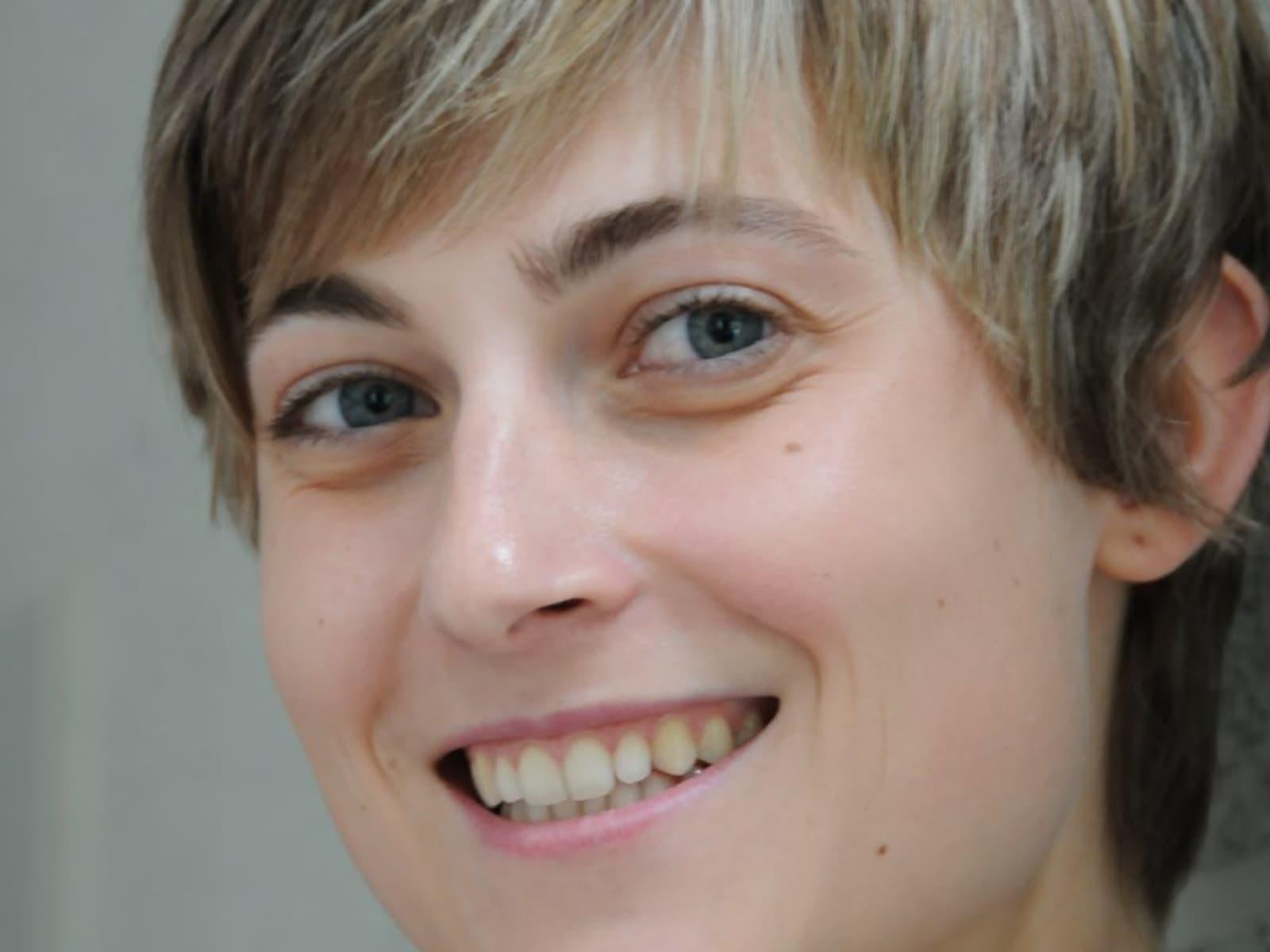 Amina from Buggenhout, Belgium
