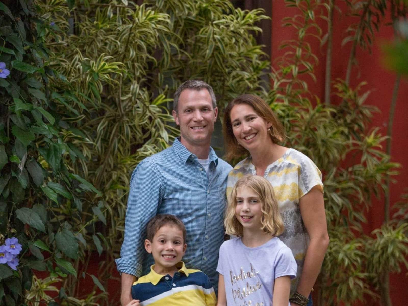 Nicole & Brett from Pittsburgh, Pennsylvania, United States
