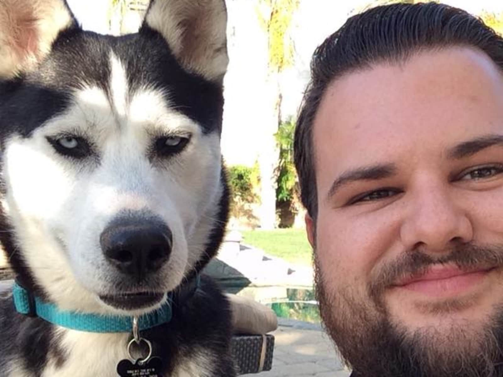 Ryan from Simi Valley, California, United States