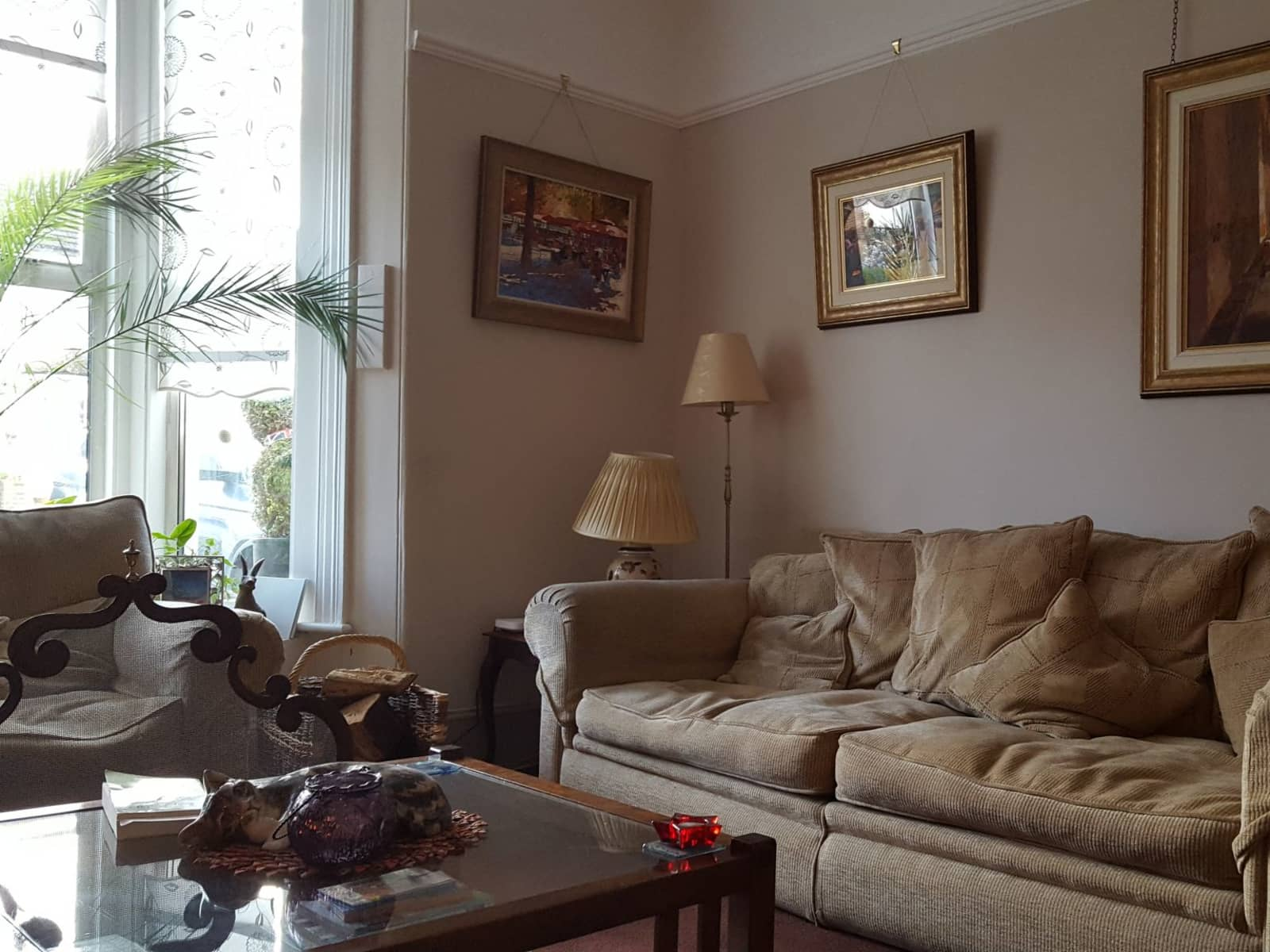 Housesitting assignment in Meopham, United Kingdom
