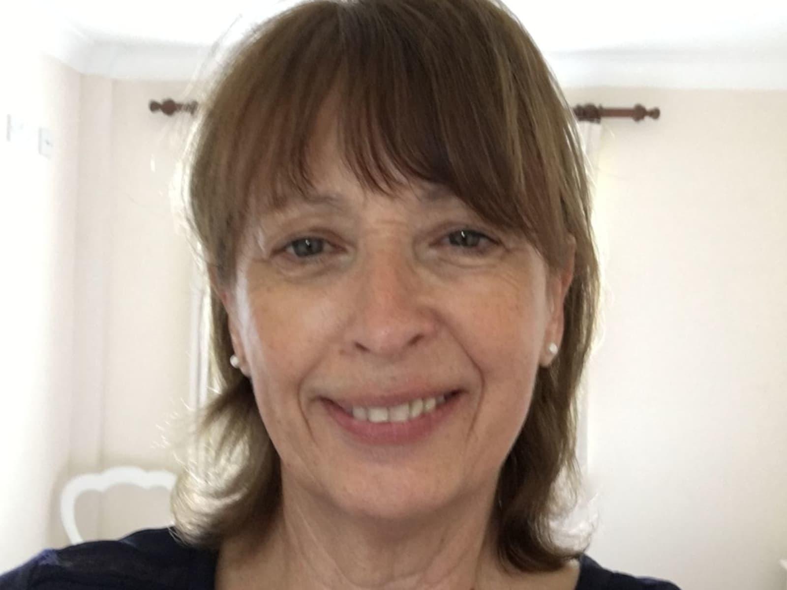 Lynn from Edenbridge, United Kingdom