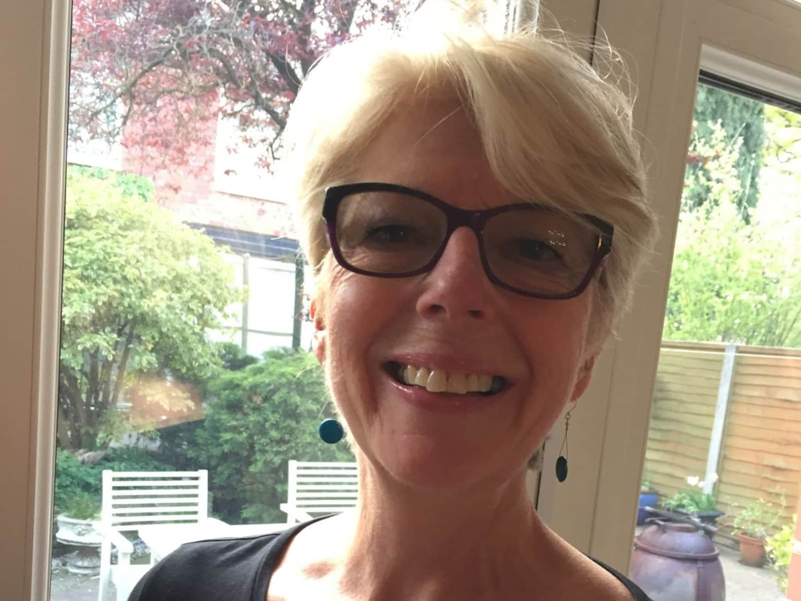 Noreen from Poole, United Kingdom