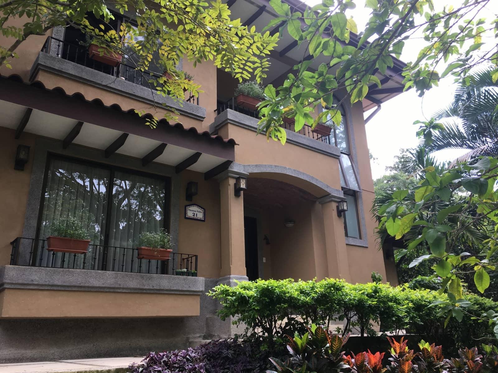 Housesitting assignment in Santa Ana, Costa Rica