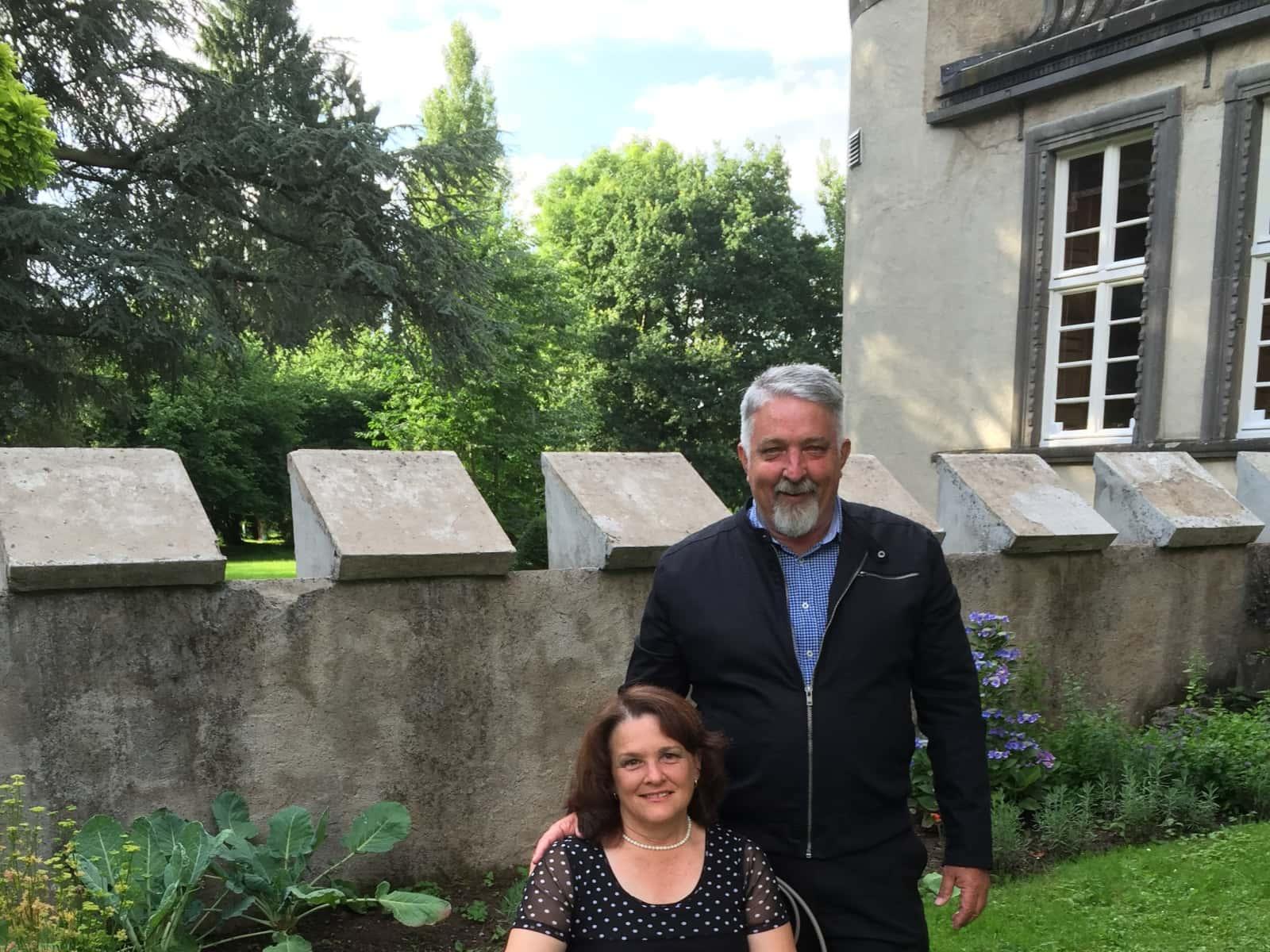 Bernie & Jenny from Belgian Gardens, Queensland, Australia