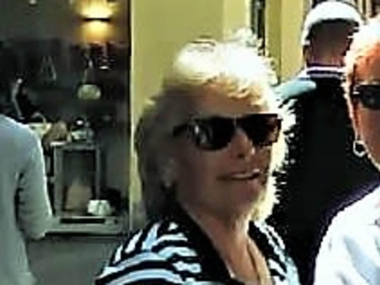 Sandra from Cave Creek, Arizona, United States