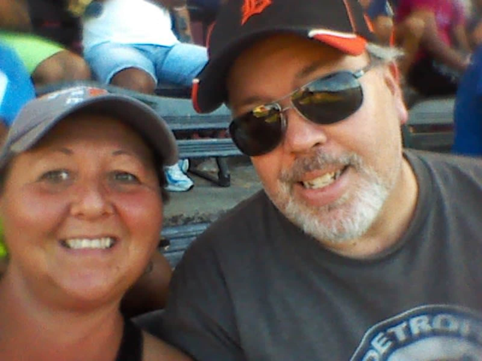 Jeff & cindy & Jeff from Kingsville, Ontario, Canada