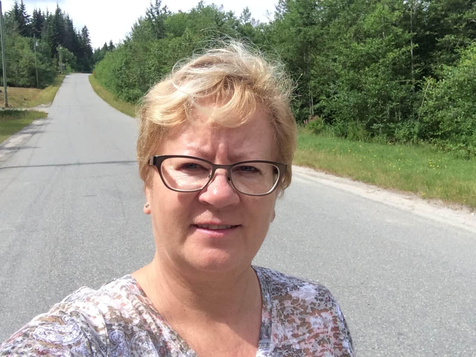 Lorrie from Calgary, Alberta, Canada