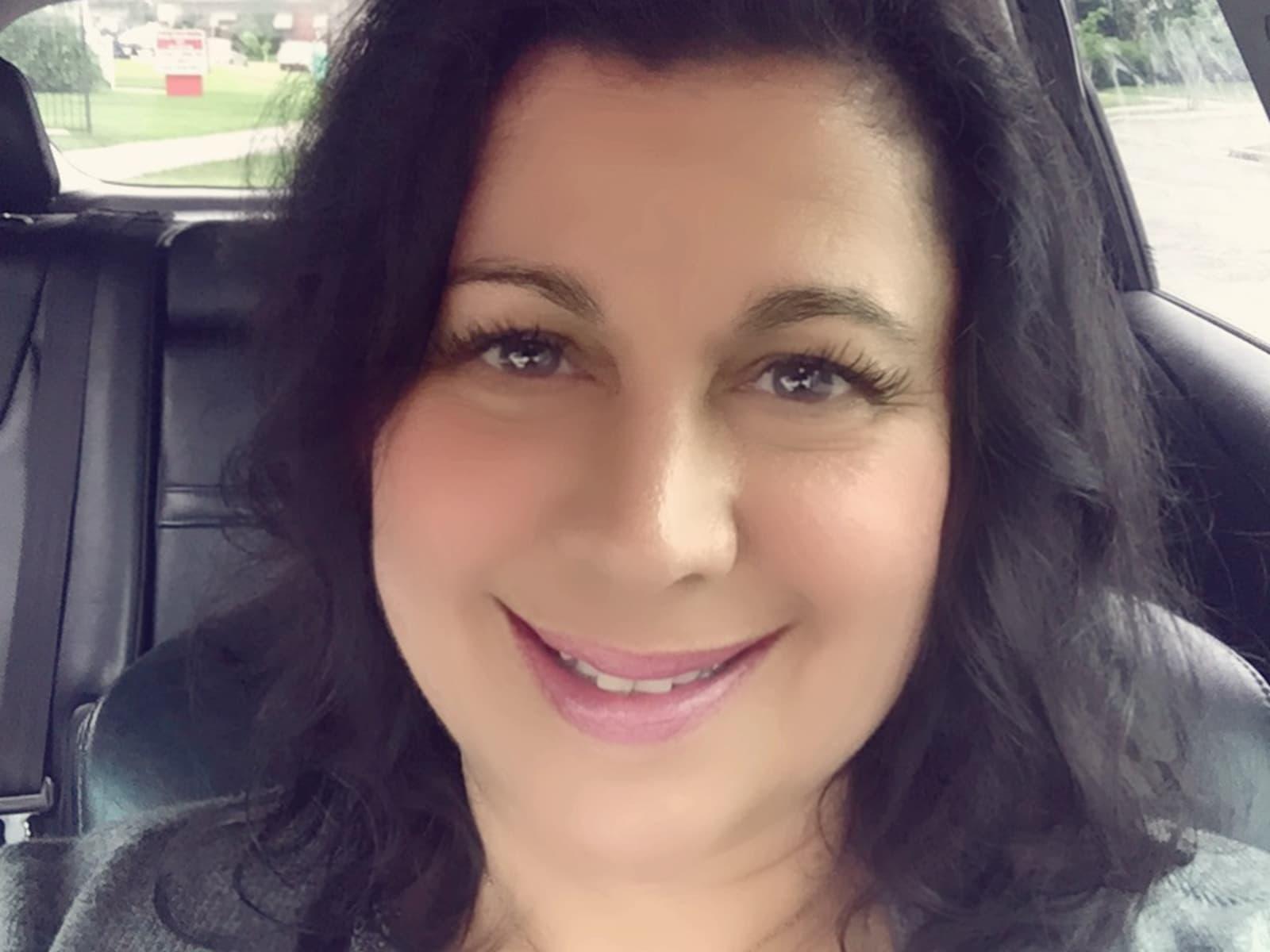 Elizabeth from Toronto, Ontario, Canada