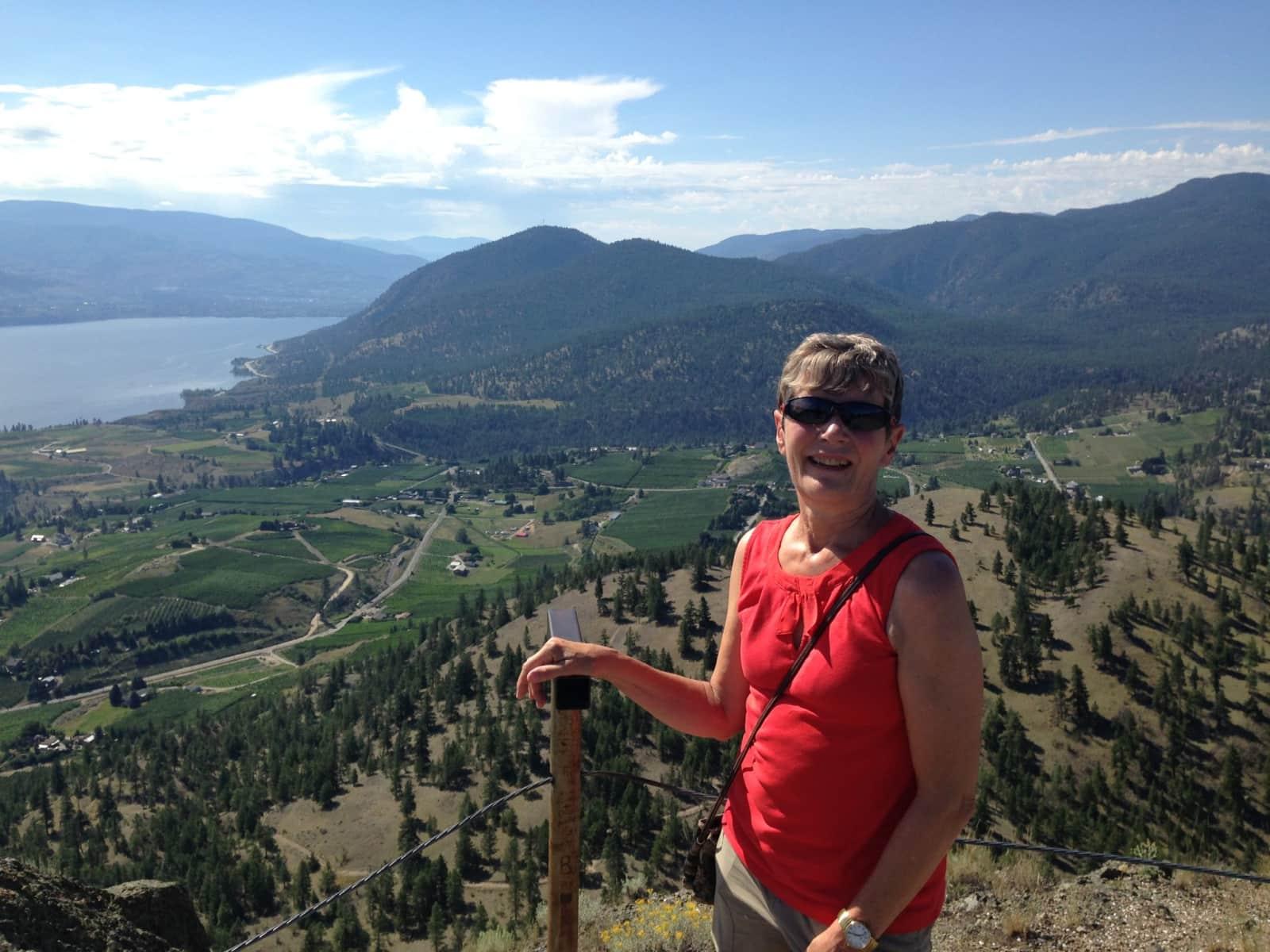 Rona from Calgary, Alberta, Canada